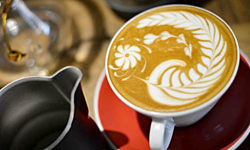 Barista, Multi Tasked Person Dalam Manajemen Coffee Shop
