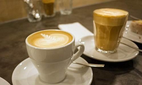 Latte Art vs Cappucinno